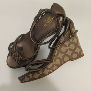 COACH KINSEY STRAPPY WEDGE